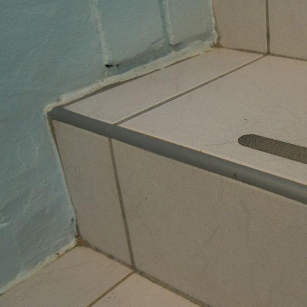 Cantoneira para piso e azulejo